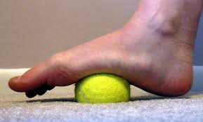 tennis-ball-on-foot